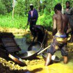 Gold washing in Kenya